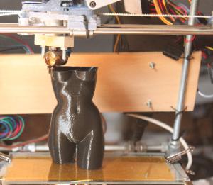 Taller de impresión 3D en el Fablab Santander